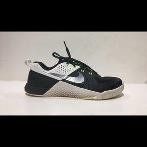 NIKE Women's METCON 1 Sz 7.5 Training Shoes